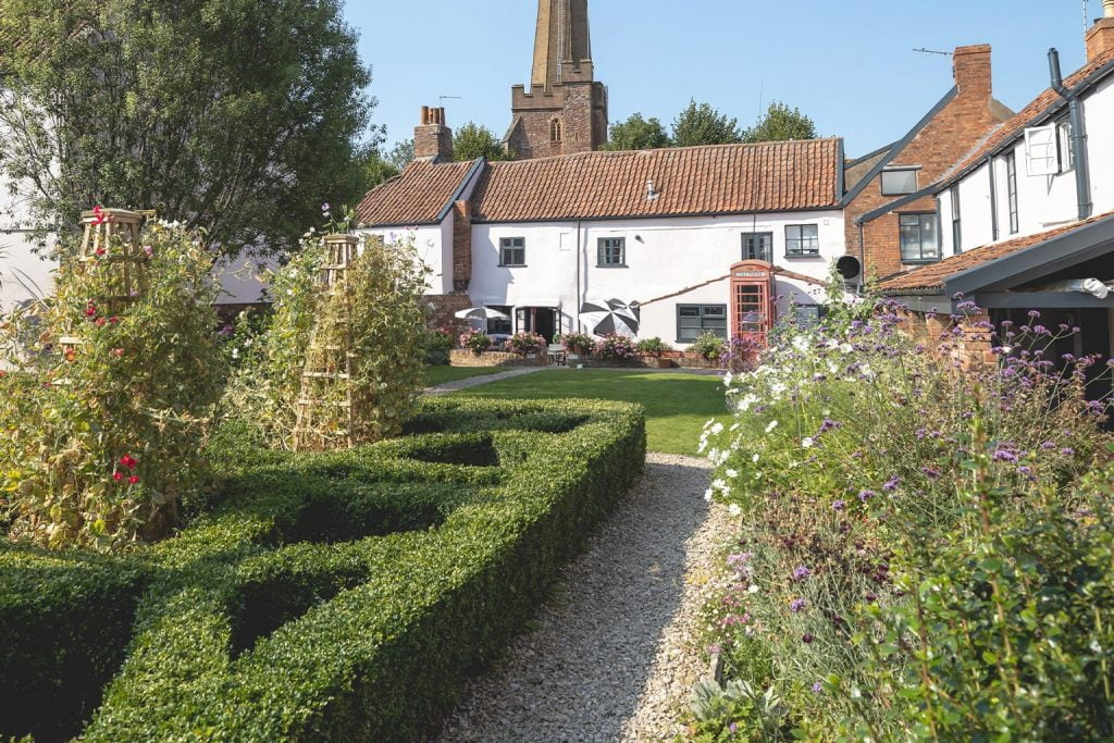 The Old Vicarage Hotel Garden 10