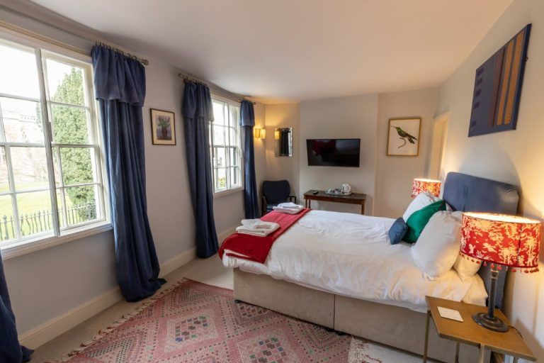 The Old Vicarage Hotel Room 8_2
