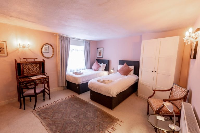 The Old Vicarage Hotel Room 9 2